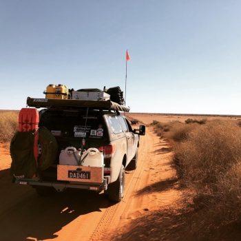 Overlanding vs 4WD - Overlanding The Simpson Desert